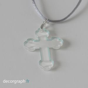 croix en plexi pendentif