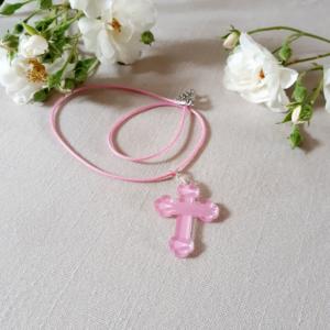 mini croix plexiglas rose