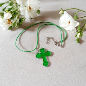 croix pendentif plexiglas